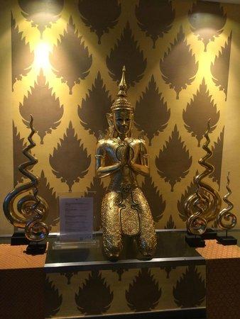 Club Med Phuket : レストランのエントランス