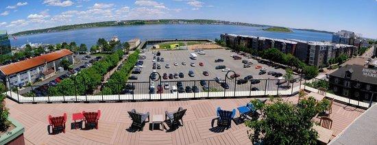 Courtyard Halifax Downtown: Rooftop terrace