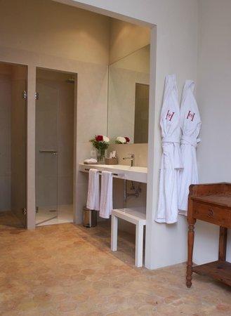 Boutique Hotel Can Cera: Junior Suite bathroom