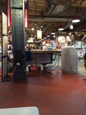 Reading Terminal Market: Uma das praças de alimentação
