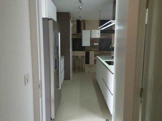 Hotel Baie des Anges: kitchen