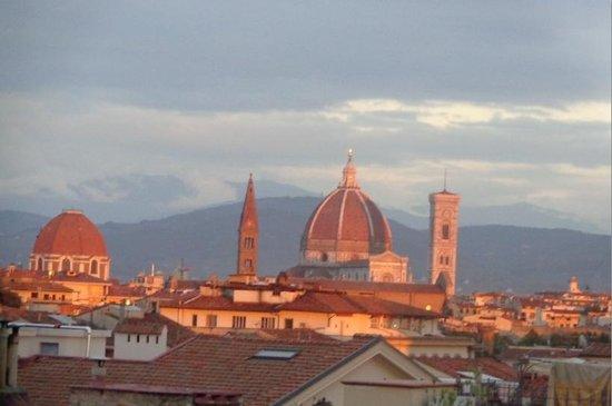 Michelangelo Guesthouse: vista da janela do quarto