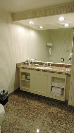Bally's Las Vegas Hotel & Casino: Comptoir de la salle de bains