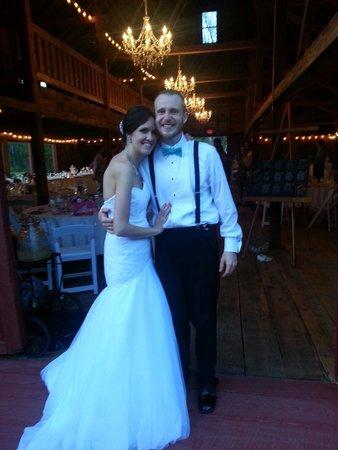 Kings Hill Inn : wedding barn