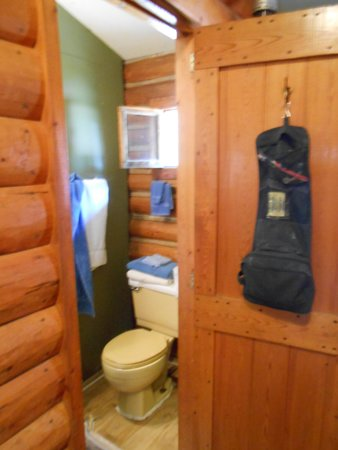 Riverside Garage & Cabins : The Muleskinner Cabin at Riverside