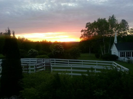 Kings Hill Inn: gorgeous sunsets