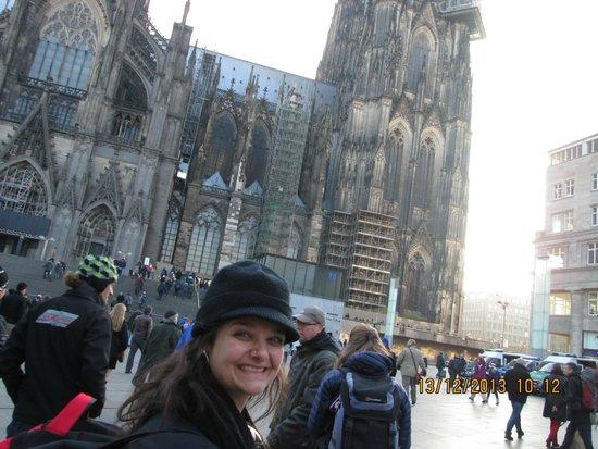 Kölner Dom: Pouco antes de entrar na catedral de Köln!