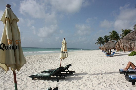 Om Tulum Hotel Cabanas and Beach Club: Beach
