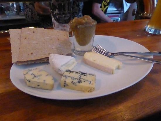 Pingvinen : Cheese Plate