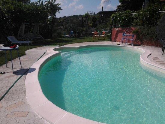 Casa Cantico delle Creature : piscina