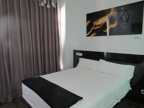 Vitium Urban Suites: Room
