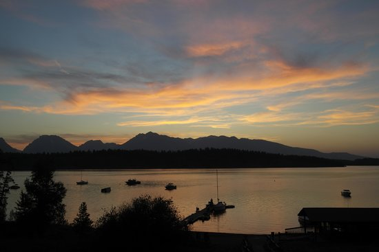 Signal Mountain Lodge : Sunset at Jackson Lake
