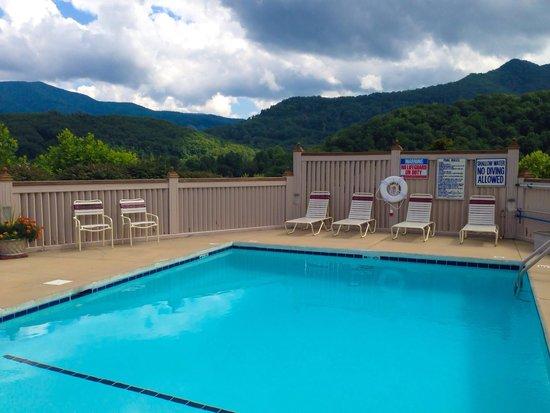Best Western Smoky Mountain Inn: Pool