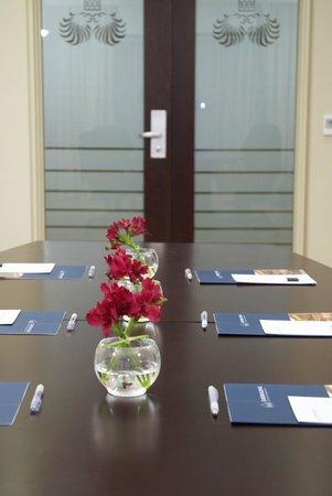 Eurobuilding Hotel Boutique Buenos Aires: El Caminito meeting room