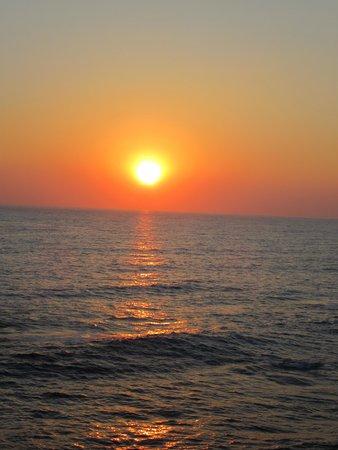 Vrachia Beach Hotel & Suites: 2