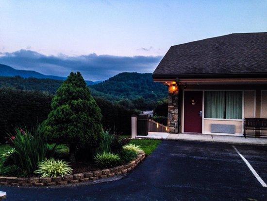 BEST WESTERN Smoky Mountain Inn: Our room