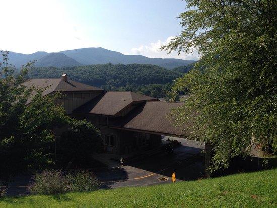 BEST WESTERN Smoky Mountain Inn: Hotel entrance
