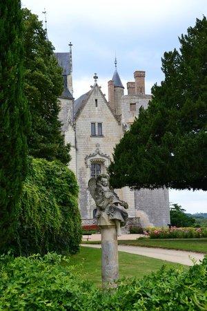 Chateau de Montreuil-Bellay: MB
