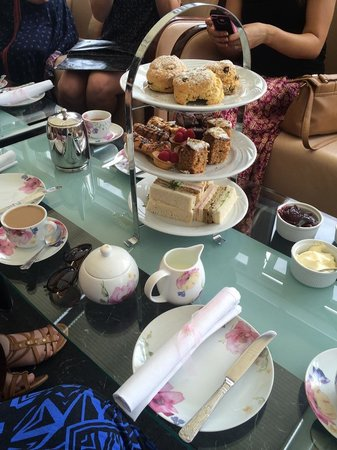Stradey Park Hotel & Spa: Vintage Cream Tea