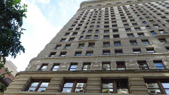 Flatiron Building : Prédio de lado