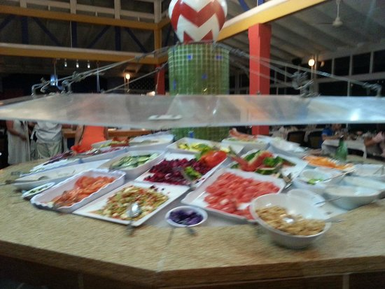 Decameron San Luis: buffet