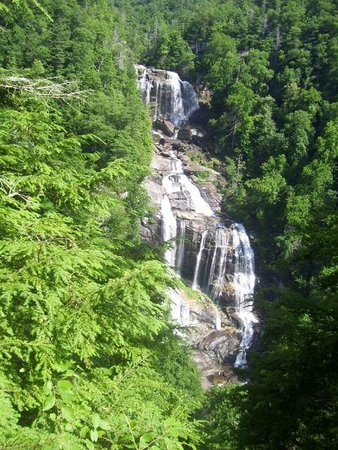 Travelers Rest / N Greenville KOA: Many fun things to do in our area- Whitewater Falls, Nantahala National Forest.