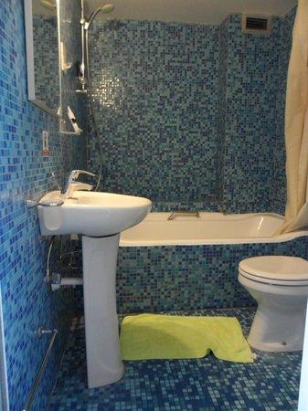 Asty Hotel : Ванная комната