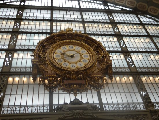 Musée d'Orsay: Clock at the Musee d'Orday