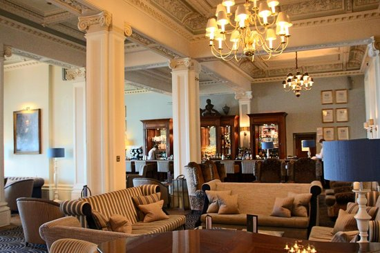 The Grand Brighton: Bar