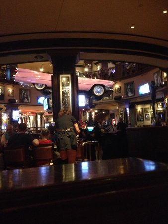 Hard Rock Cafe: Restaurant