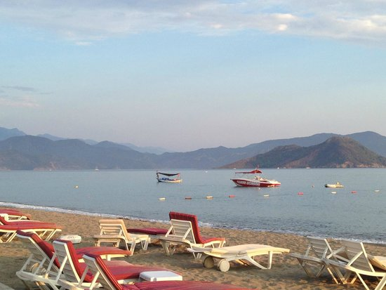 Club Tuana Fethiye: View from the beach