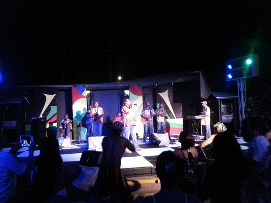 Decameron San Luis: Show