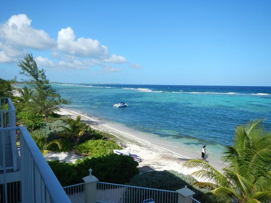 Turtle Nest Inn : view from balcony again