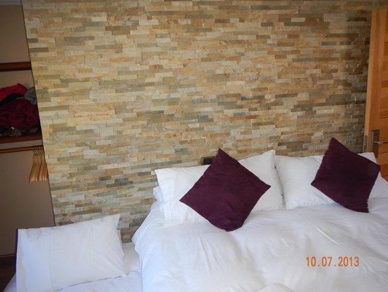 Hotel La Cornisa: O TAMANHO DO QUARTO SUPERIOR
