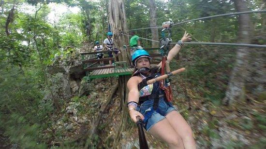 ClubHotel Riu Ocho Rios : Ziplining Mystic Mountain