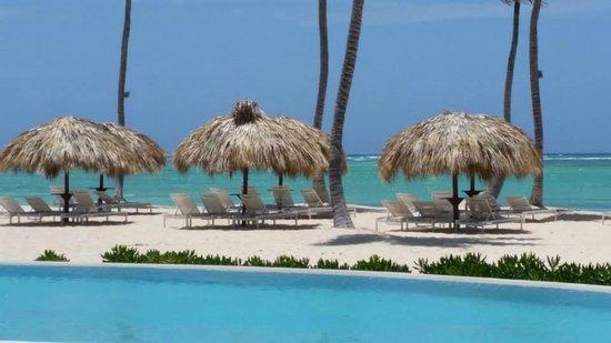 Essenza Retreats At Punta Palmera: Punta Palmera beach area