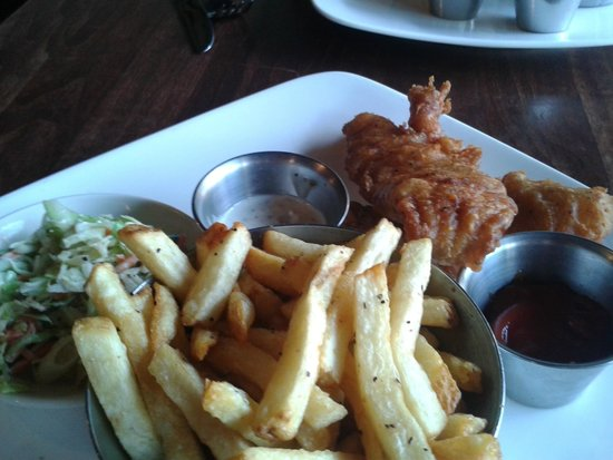 Salty's Beach House: Fish & Chips