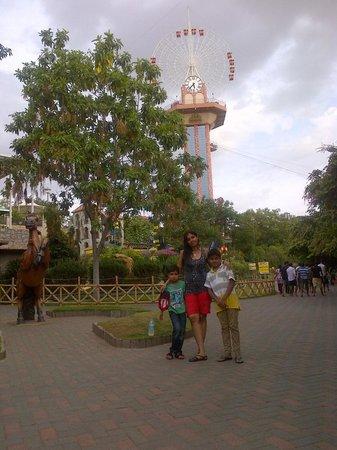 Wonderla Amusement Park: giant wheel