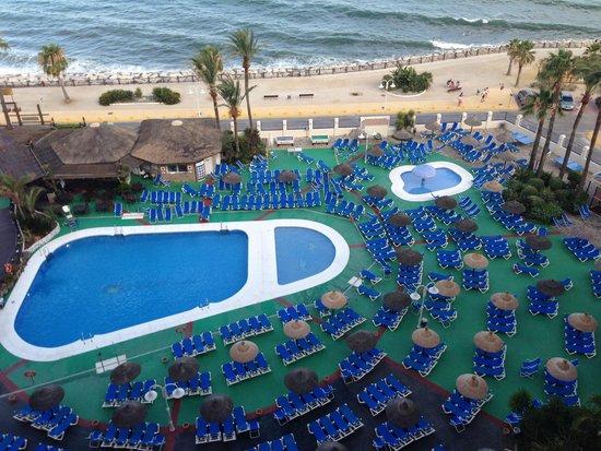 Sunset Beach Club: Swimming Pool