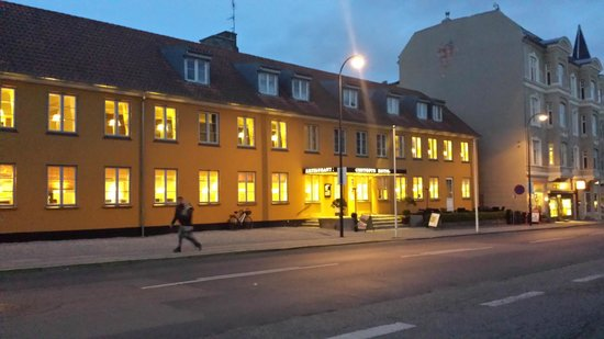 Gentofte Hotel: View of the hotel from the street