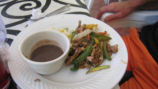 Ruben's Restaurant Isla Mujeres : Beef fajitas