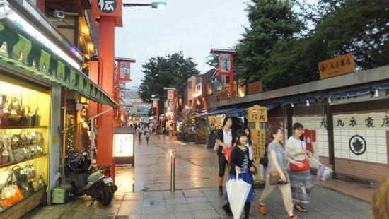 Asakusa : Street near to Senso-ji