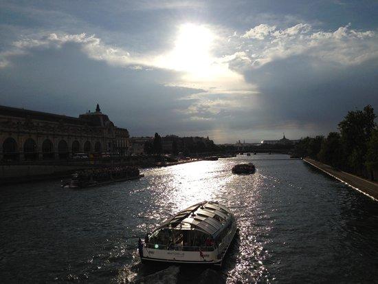 River Seine : セーヌ川
