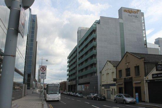 Clayton Hotel Cardiff Lane: Vorderansicht