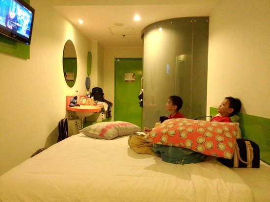 POP! Hotel Festival Citylink: Kamar dg bed single
