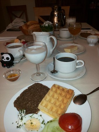 Family Meyer-Ernzen: Breakfast