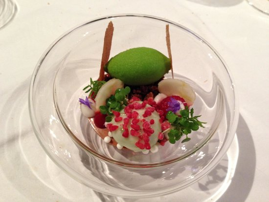 Silvio Nickol Gourmet Restaurant Palais Coburg: Mela