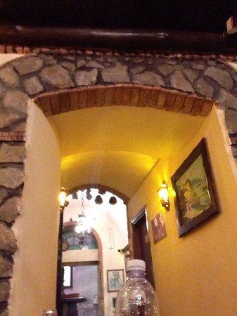 Da Ciro Taverna Napoletana: It's an old pirate hangout!