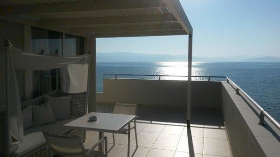 """Mayor Mon Repos Palace 'Art Hotel"""": Balcony"""
