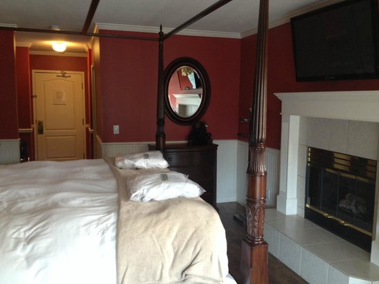 South Thompson Inn & Conference Center : Bedroom
